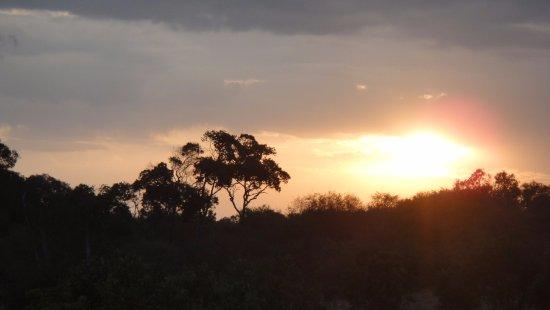 Royal Mara Safari Lodge: Sun set from room