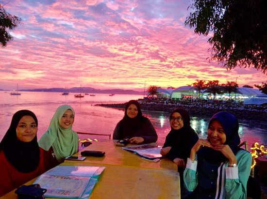 Tanjung Tirai View Cafe: photo0.jpg