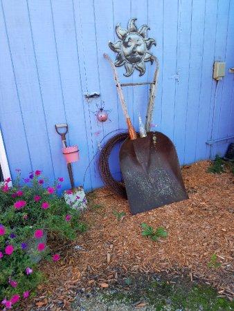 Cashton, WI: yard art