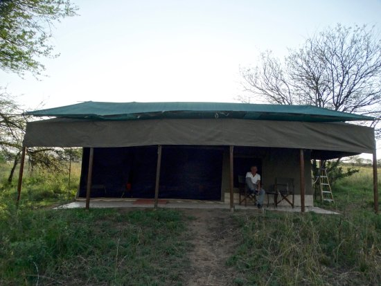 Angu0027ata C& Serengeti This tent was very large with a king size bed & Angu0027ata Serengeti Mess and lounge Tents - Picture of Angu0027ata Camp ...