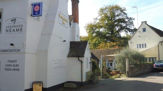 Chilham, UK: Inkijkje op de Beergarden