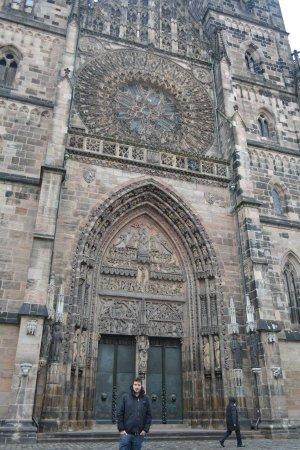 St. Lorenz Church: De cerca