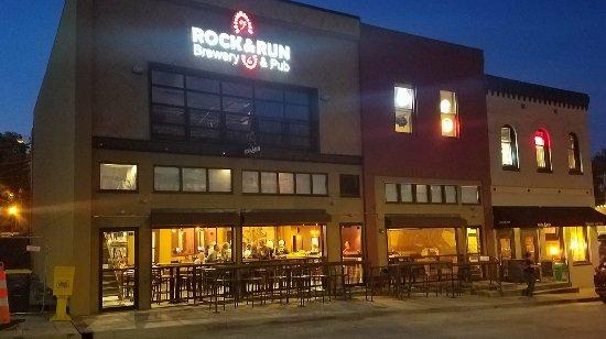 Rock & Run Brewery and Pub, Liberty MO