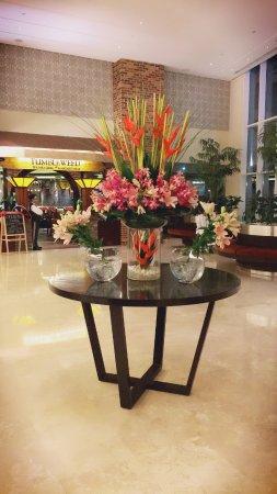 Grand Millennium Al Wahda: Lobby