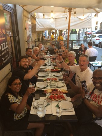 Food Tours of Rome: First sit down restaurant of 2! Great food and wine!