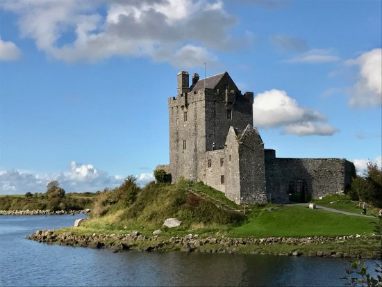 Kinvara, Ireland: Dunguaire Castle