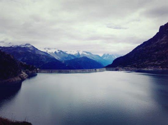 Finhaut, Suisse : вид на плотину