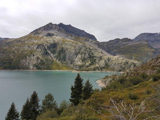 Finhaut, Suisse : водохранилище