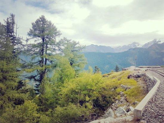 Finhaut, Suisse : железная дорога  фрагмент