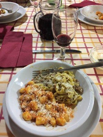 Frontone, Ιταλία: Taverna della Rocca