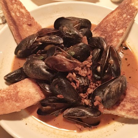 Roaring Fork: Mussels and Chorizo