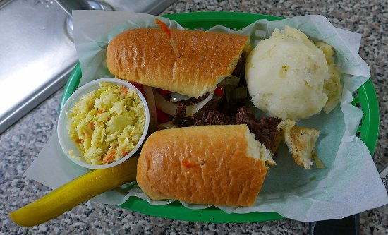 Lewis, NY: Really good Philly steak but stale mashed potatoes