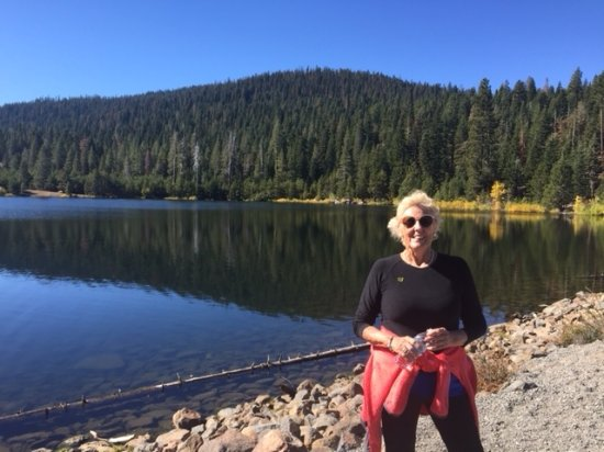 Constellation Residences at Northstar: hiking to Sawmill Lake