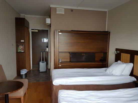 Vildmarkshotellet Kolmarden: Fold out beds along the wall/in the shelf