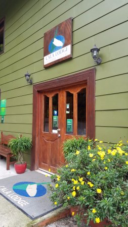 Cala Lodge: Front Door to the Lodge