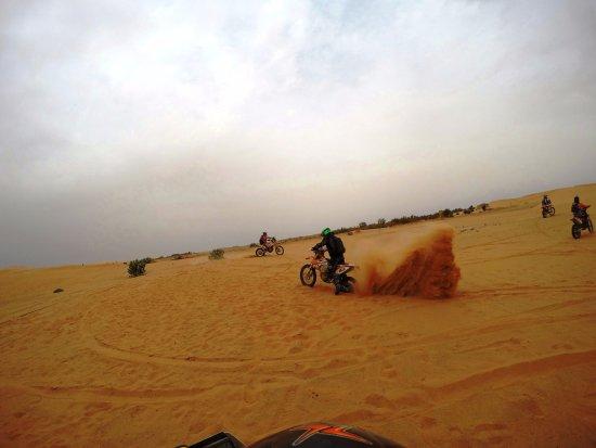 Merzouga Desierto: Riding KTM450 in the dunes of Merzouga (1)