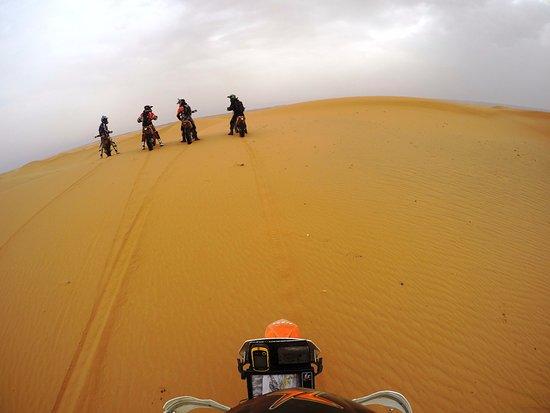 Merzouga Desierto: Riding KTM450 in the dunes of Merzouga (3)