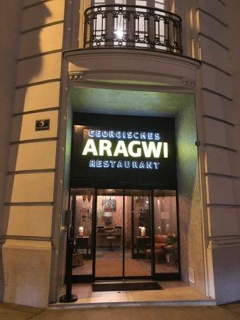 Exotisches Aber Gemütliches Restaurant Aragwi Georgisches