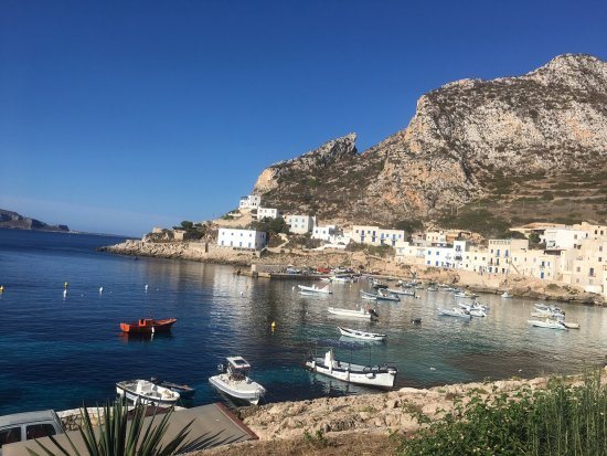 Levanzo, Italia: The harbor