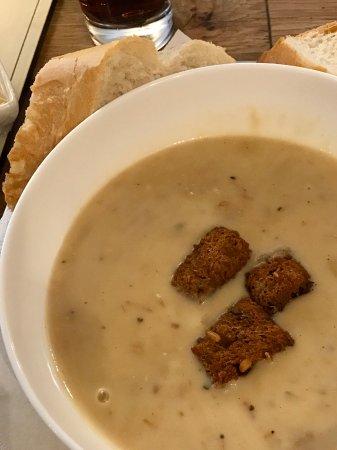 Witney, UK: Creamy Roasted Chicken Soup