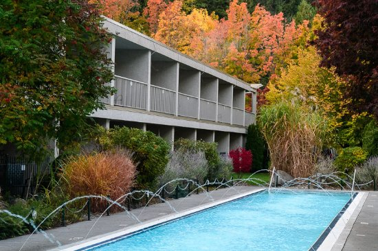 Salmon Arm, Canadá: Fall Colors in Early October