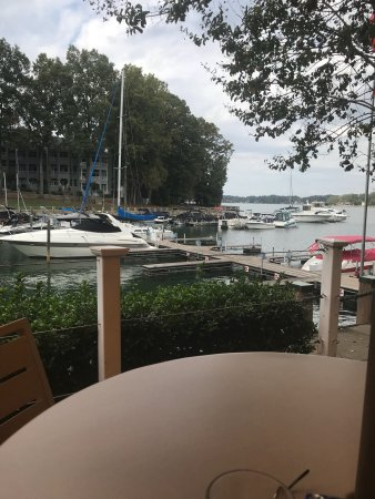 Davidson, Carolina do Norte: North Harbor Club