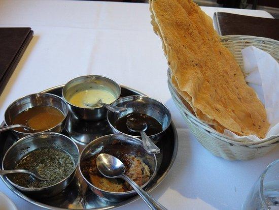 Raja Fine Indian Cuisine: roti and savouries
