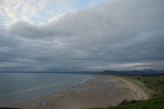 Dyffryn Ardudwy, UK: nearby beach