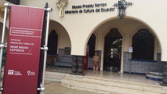 Presley Norton Museum