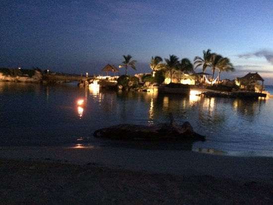 Baoase Culinary Beach Restaurant: photo4.jpg