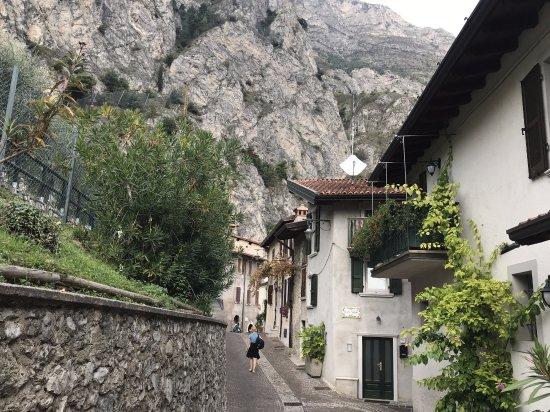 Hotel Capo Reamol : Die idyllischen Gassen von Limone