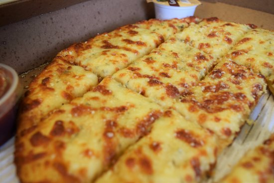 Canton, MI: Garlic Cheesebread