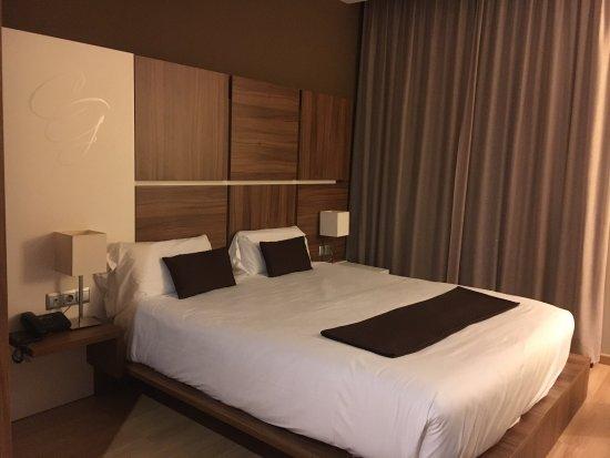 Vallromanes, Spain: Un hotel realmente muy acogedor, puedo decir que pierde sólo un poco en limpieza quiero decir en