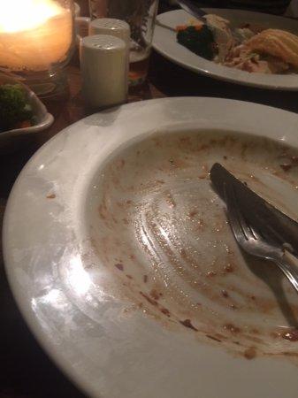 Eastleigh, UK: Dirty plates