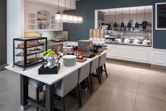 Hilton Garden Inn Tucson Airport: Breakfast Buffet