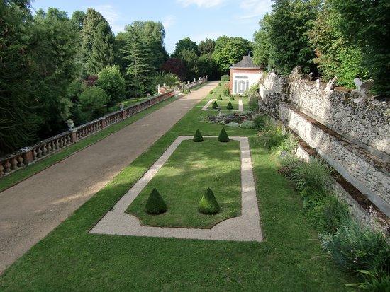 Tavers, France : Terrasse style Renaissance