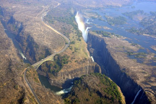 Shearwater Victoria Falls - Helicopter Flights : vista do helicóptero - setembro 2017