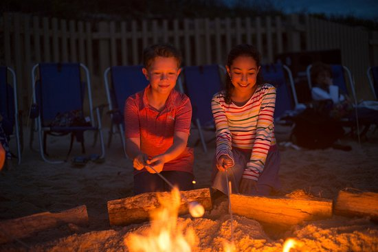 Brewster, MA: S'mores Beach Fires