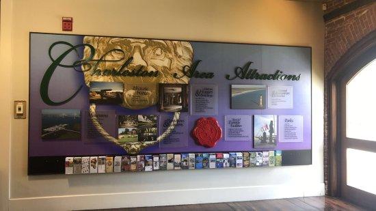 Charleston Visitor Center: Charleston Attractions