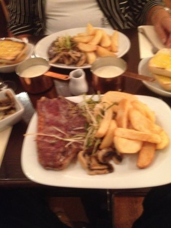 Pencoed, UK: T,bone steak