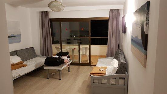 Sol y Vera Apartments: 20171010_044741_large.jpg