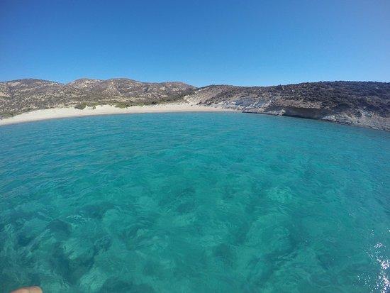 Adamas, Greece: Um paraíso desabitado.