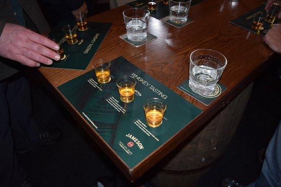 Jameson Distillery Midleton: End of tour tastings