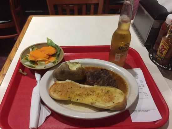 Tad's Broiled Steaks : photo0.jpg