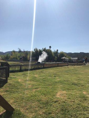 Old Faithful Geyser of California: photo0.jpg