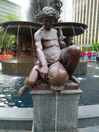 Fountain Square: IMG_20171012_120328_large.jpg