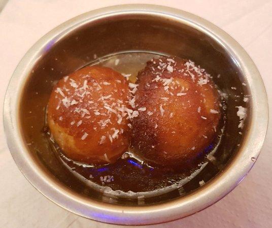 Ferntree Gully, Australia: Gulab jamun