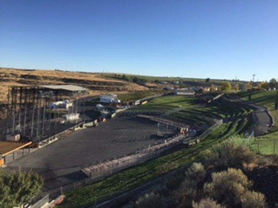 Quincy, WA: looking down into the Gorge amphitheatre