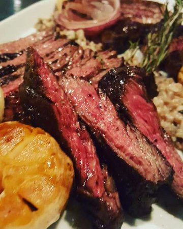 Fort Lee, NJ: Here we go meat lovers!! Skirt steak😍