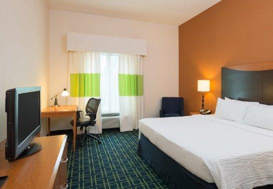 Lock Haven, Пенсильвания: King Guest Room
